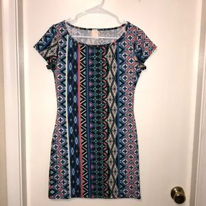 Unique print dress! 🔥